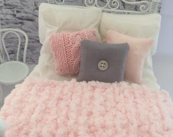 Pretty pink chenille runner/throw for 1:12 scale dollhouse