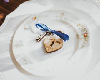 75 Heart and skeleton Key Wedding Favors custom personalized