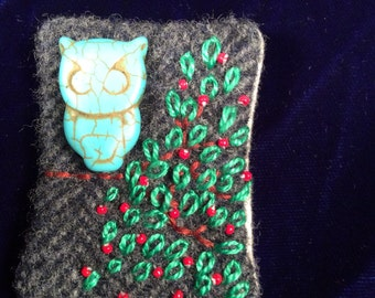 Hoot hoot owl pin brooch