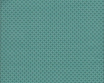 Free Spirit Fabrics Denyse Schmidt Chicopee Cross Square in Green - Half Yard