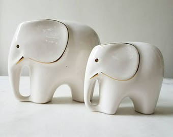 Mid Century Modern Porcelain Elephant and Baby, White, Gold, Vintage