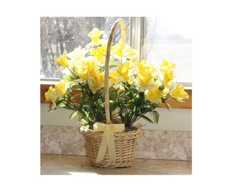 Daffodils in a Basket Gingham Ribbon Spring Easter Yellow Centerpiece Bouquet American Cancer Society Daffodil Days Wedding Flower Girl