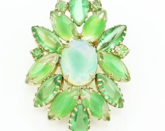 Vintage Lime Green Givré Glass Marquise STATEMENT BROOCH Pin in Gold Tone Green Rhinestones