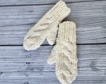 Hand Knit Ivory Cream Child Mittens, Gender Neutral Size 4 5 6 Years, Chunky Cable Warm Winter Preschool Kindergarten Boy Girl Kids Gift New