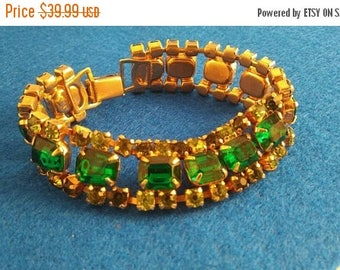 ON SALE Emerald Green Vintage Rhinestone Bracelet Chunky 1950's 1960's Retro Rockabilly Vintage Jewelry Collectible