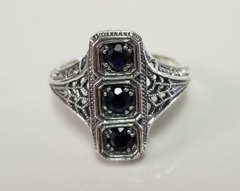 Size 8 Estate Sterling Silver 925 Natural Blue .30ct Sapphire  Filigree Antique Style Ring Sweetheart MS817