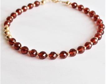Bracelet Saint Valentin bijoux de perles de grenat