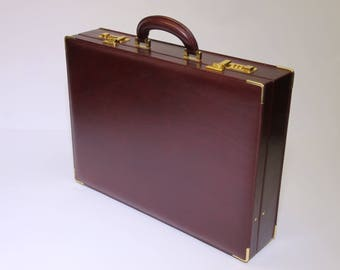 Genuine leather overnight bag briefcase