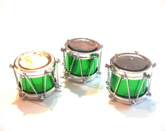Miniature Drums Embellishments Toys Set of 3 Red Green Gold Color Choice Craft Diorama Shadow Box Supply Accessory - 609