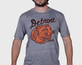 Detroit Tigers Shirt vintage 1935 pennant inspired design UNISEX Gift for Tigers Fan Opening Day 2018 Tigers Baseball