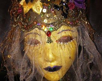 Mannequin head decorated