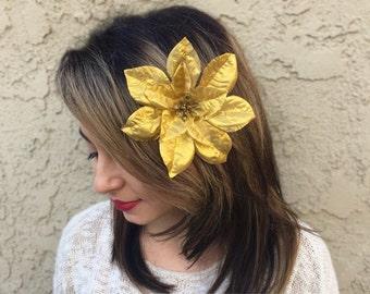 Gold Poinsettia Flower Hair Clip - Christmas Holiday Hair Clip - Festive Hair Clip - Christmas Party - Holiday Outfit