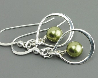 Green Earrings - Sterling Silver Infinity Earrings - Pearl Drop Earrings - Swarovski Earrings - Bridesmaid Jewelry - Bridesmaids Earrings