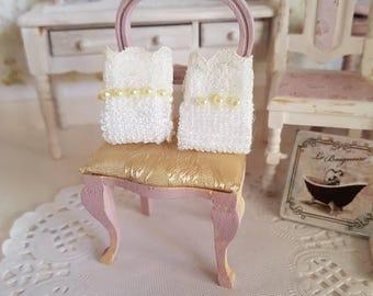 Dollhouse bathroom, dollhouse towel, dollhouse bath, Miniature towel, 12th scale towel, 12th scale towels