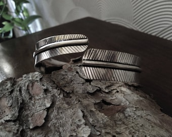 White brass leaf arm band. Silver armlet. Boho style. Adjustable arm band. Natural. Hippie. Festival. Nature. Leaves.
