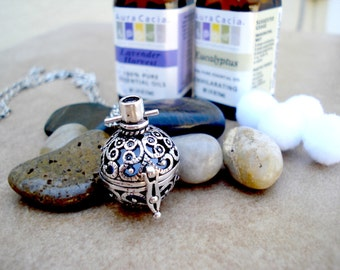 Vintage Style Filigree Locket Aromatherapy Necklace - Silver Plated Jewelry ~ Essential Oil Jewelry ~ Personal Diffuser ~ Aromatherapy