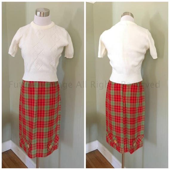 1950s Ultimate Red and Green Plaid Wiggle Skirt High Waist with Belt Loops and Button Detail- XS
