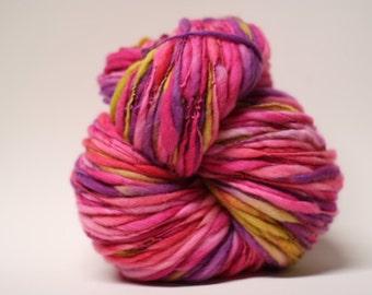 Thick and Thin Handspun Merino Superfine Slub Wool Yarn tts(tm) Hand dyed Half-Pounder LR 1605x