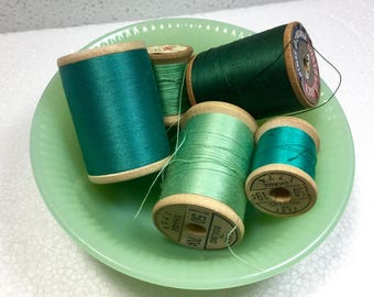Green Thread Lot, Shades of Turquoise, Jadeite Wood Sewing Spools