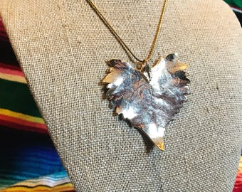 Vintage gold leafed leaf necklace