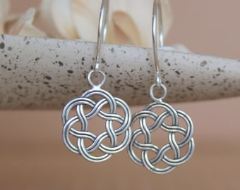 Celtic Knot Earrings - Sterling Silver Celtic Drop Earrings - Infinity Knot Earrings - Celtic Earrings - Irish Earring - Silver Knot Earring