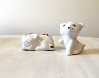 Vintage cat figurines, china cat figurines, white cat figurines, vintage figurines, vintage kitten figurines, pair cats, porcelain cats