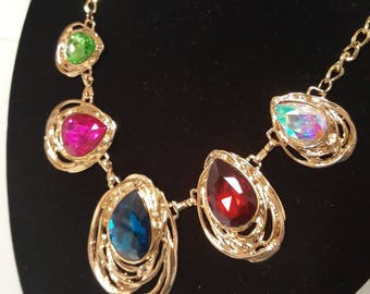 Colorful tear drop necklace and earring set