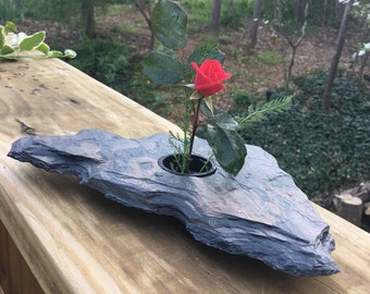 Handmade Slate Ikebana Vase 'Gessi'