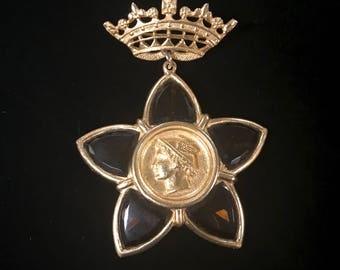 Gold Plated Star Brooch