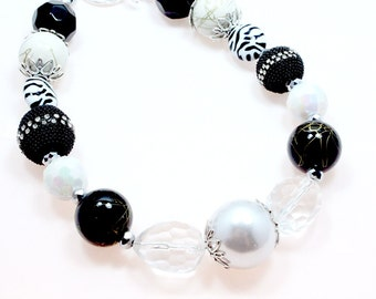 Black and White Chunky Necklace, Adult Chunky Necklace, Chunky Beaded Necklace, Cowgirl Bling