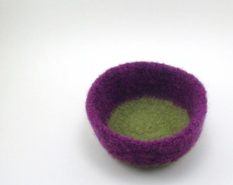 Wool felted bowl - felted wool basket - amethyst and avocado
