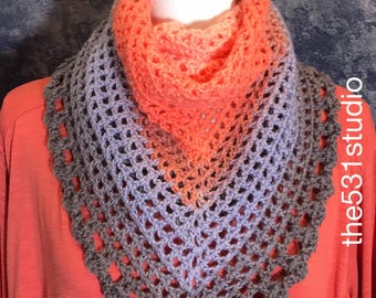 Triangle scarf crochet