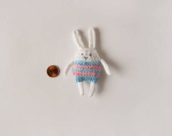 Knitted Bunny Miniature, Knitted Bunny, Knitted Miniature, Bunny Miniature, Knitted Toy, Bunny Toy