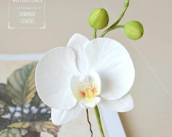 Wedding hair pin White Orchid Hair pin Beach wedding White Flower for hair Tropical Flower hair piece Orchid hair piece Bridal headpiece