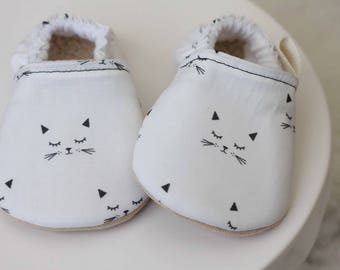 Cat Baby Shoes, Baby Kitty Shoes, Baby Girl Shoes, baby moccasin, baby girl bootie, Baby Shoe, Kitty Cat Shoes, Soft Sole Shoe, baby booties