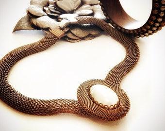 60s choker / vintage pearl pendant choker / faux pearl choker necklace