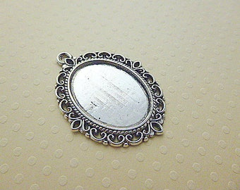 18x25mm - aged to cab; silver plated pendant oval 18 x 25 mm - 9952 SCABOA1825