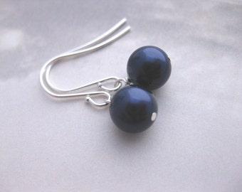 Midnight Blue Bridesmaid Jewelry  -- Navy Pearl Earrings, Swarovski Crystal Pearl Dangles in Dark Blue, Bridesmaids Earrings