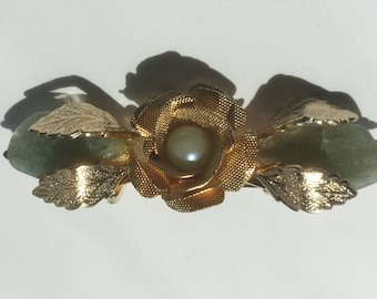Vintage Green Jade and Pearl - Floral Brooch - Gold Pin