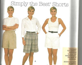 Simplicity 8062 uncut size 18 - 22 womens tailored shorts