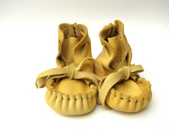 Buckskin Baby Moccasins, Deerskin,  Soft soled shoes,Totmocs, Free shipping