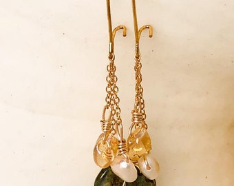 Waterfall earrings with freshwater pearls and Czech glass beads