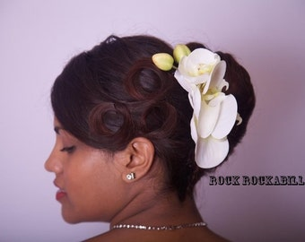 Rock Rockabilly Pin up Ivory Cream  Orchid & Bud Bridal hair flower comb fascinator