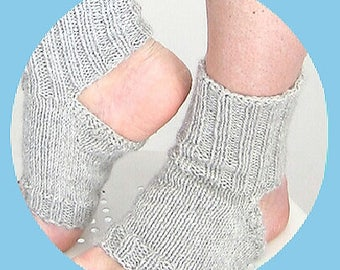 Yoga Socks (1 pair)l1 Qata1q1A