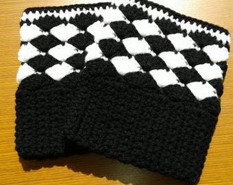 Crochet Boot Cuffs=Black and White