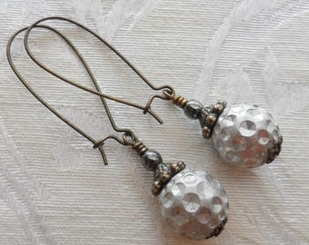75% Off Sale- Dimples, Vintage Bead Earrings
