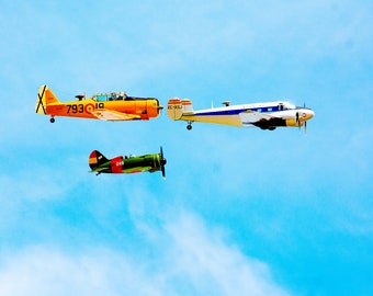 Photo three airplanes in line 2 print