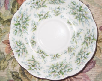 Royal Albert Saucer Nell Gwynne Series Lambeth