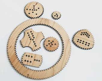 Spiral drawing kit, Wooden spirograph