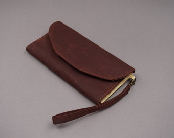 Brown Wax Coated Wristlet Purse - 2018 New Collection Purse - Leather Look Wallet for Ladies - Wax Coated Purse